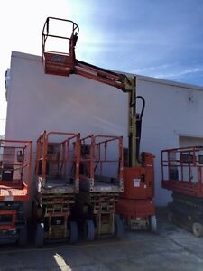 JLG 24ft reach Articulating Man lift Windsor Region Ontario image 3