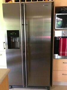 Samsung Stainless Steel Fridge/Freezer o