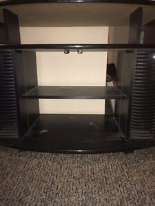 TV stand in good condition  Kitchener / Waterloo Kitchener Area image 1