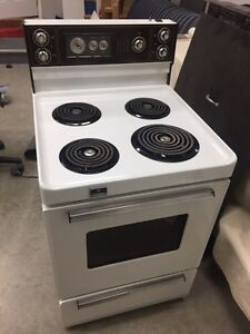Apartment stove 24 inches wide