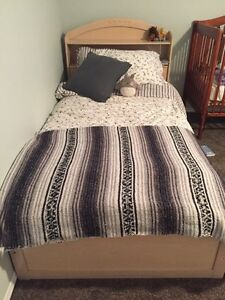 Twin / Single bed Kitchener / Waterloo Kitchener Area image 1