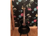 Stunning Black Yamaha APX 500 Accoustic/Electric Guitar