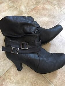 Woman's low cut boots