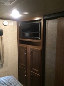 2016 keystone Fuzion 325 toy hauler  Kingston Kingston Area image 10