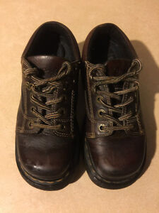 Dr. Martens Airwair Shoes Size 4 Male, 5 Women London Ontario image 2