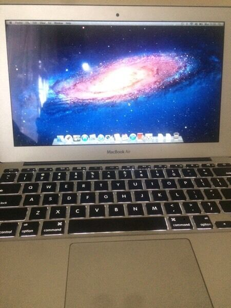 MacBook Air i5in Whitechapel, LondonGumtree - MacBook Air 11inch 2011 Mac OS X version 10.7.5 used in good condition Intel core i5 with charger
