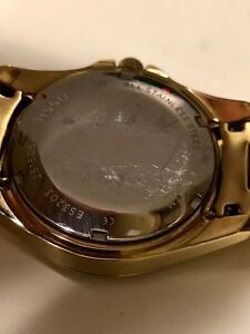 Pre owned ladies watch. Fossil. Work perfectly. Small bracelet.