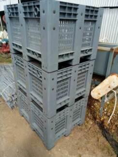 Fruit bins plastic storage bin