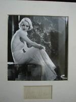 Rare Signature Actrice Betty Davis avec photo N/B Certificat