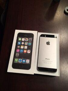 Iphone 5s 16gig débloquer excellente condition 260$
