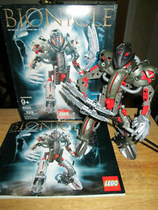 NOW $40 LEGO BIONICLE MAKUTA 100% COMPLETE W/BOX+INSTRUCTIONS!