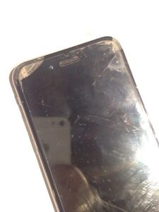 iPhone 6 with broken screen  West Island Greater Montréal image 3