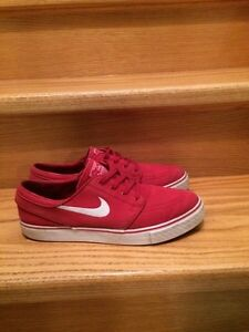 Nike SB Janoski SZ. 10 - RED/WHITE