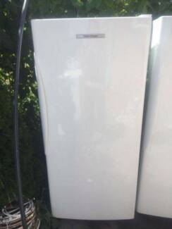 4.5 star upright stand373 liter fisher and paykel freezer only ,