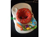 Baby play seat,has no wheels £15 or nearest offer