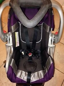 Baby trend infant seat with base
