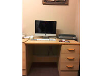 Computer Desk With 3 Drawers With Wheel
