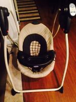 Excellent condition Graco swing