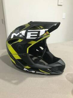 MET full face mountain bike helmet