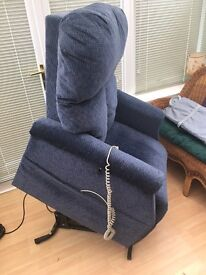 Rise and recline electric chair