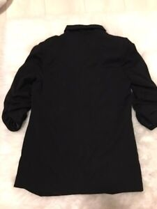 SILENT AND NOISE BLAZER SIZE SMALL  London Ontario image 3