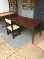 50 % OFF DESKS @ THE WISE SHOP