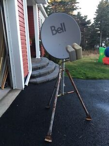Bell express vu HD satellite dish with tripod stand