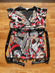 Black/ Red/ Grey& Tan Top  Size S