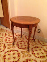 #7 American Wood Round Table