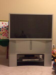 "Sony projection TV ""46"".  With TV stand ($50) Oakville / Halton Region Toronto (GTA) image 1"