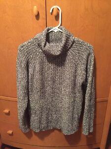 Comfy knit sweater Belleville Belleville Area image 1