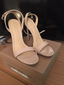 Ladies shoes - brand new!