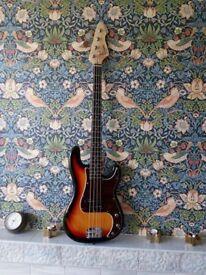 Bass guitar Reveletion RPB65