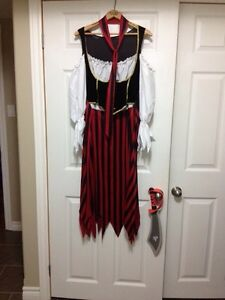 Ladies XL Pirate Maiden Costume