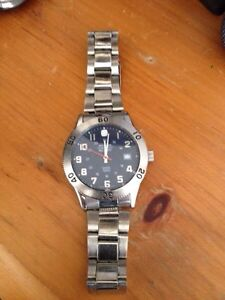 Wenger mens stainless steel watch London Ontario image 3