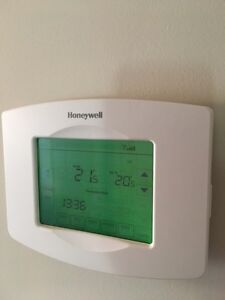 Thermostat Honeywell wifi West Island Greater Montréal image 2