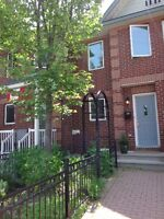 Gorgeous townhouse in the Glebe Annex!
