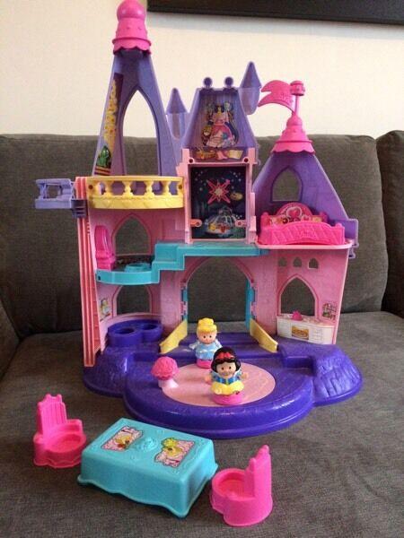 little people princess castle - 450×600