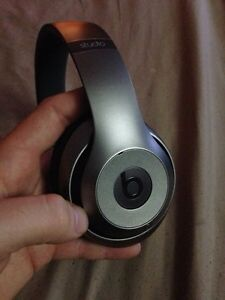 Beats Studio 2.0 Wireless Headphones