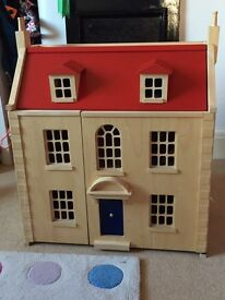 Pintoy wooden dolls house