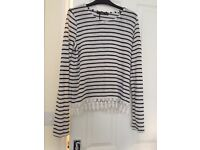 Women's Black And White Long Sleeved Top