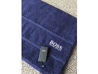 Navy Hugo boss bath sheet, new with tags. 178 x 97cm, very large. Perfect Christmas present.