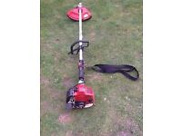 COBRA PETROL GRASS STRIMMER WITH STRAP WORKS GREAT CAN BE SEEN WORKING CB5 £65