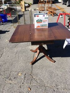 Solid wood drop leaf table with drawer