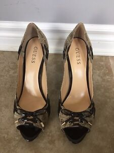 Guess Shoes, 3.5inch high heel, size 9.5 Kitchener / Waterloo Kitchener Area image 1