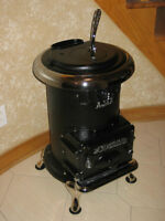 Vintage Comfort Stove Antique Cast Iron Pot Belly Stove