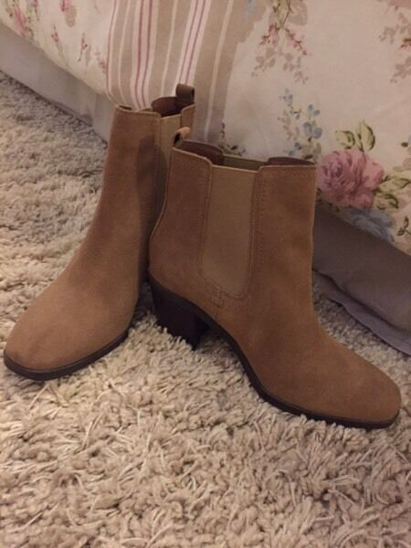 Brand new m&s boots