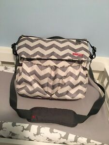 Skip hop diaper bag (sold PPU)