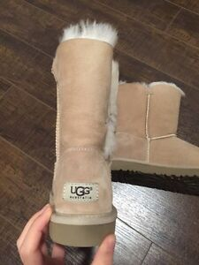 UGG BOOTS BAILEY BUTTON West Island Greater Montréal image 3