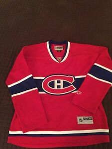 Canadians Hockey Jersey  -For Women Excellent Condition!!